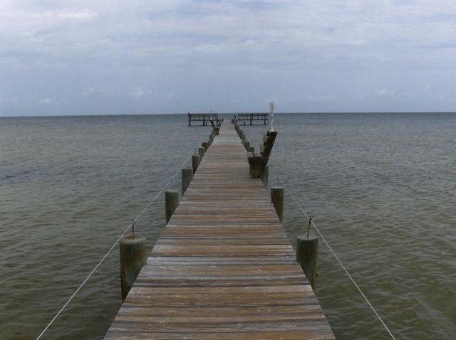 Real estate pine island castaways realty 1 inc for Bokeelia fishing pier